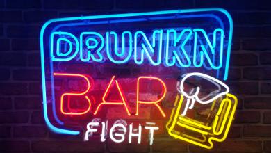 Photo of La versión física de Drunkn Bar Fight llega a PSVR el 30 de Octubre