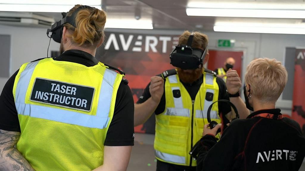 policía Taser Realidad Virtual